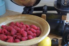 How do you make Raspberry Jam | Find a recipe for Raspberry Jam